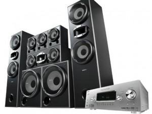speakers_wideweb__470x354,2